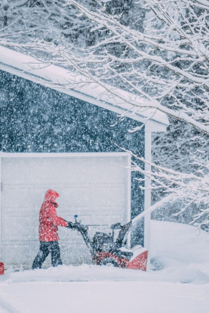How To Prepare A Winter Home Safety Kit