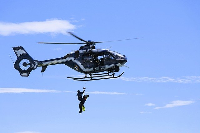 10 Worldwide Disaster Relief Organizations helicopter rescue