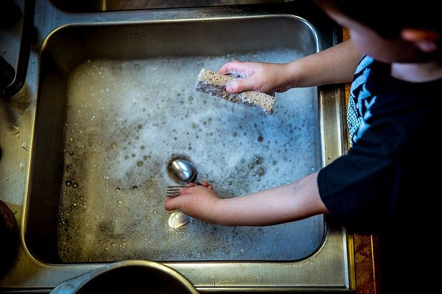 entertainment ideas for kids helping with household chores