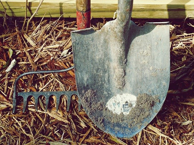 garden tools to have when The SHTF